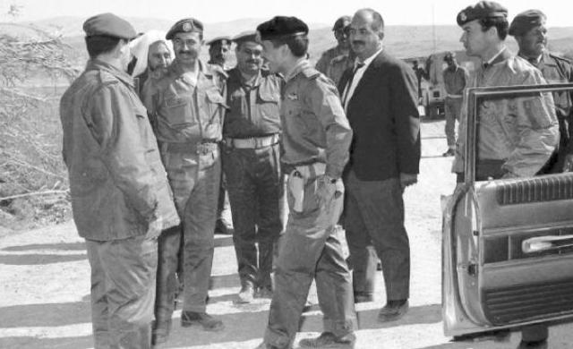 """الجيش العربي يقدم """"إكراميات """" لذوي شهداء في ذكرى """"الكرامة"""""""