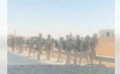 """شاهد لقطات توثق مسير """"دورة صاعقة"""" لعدد من الجنود في الاردن"""