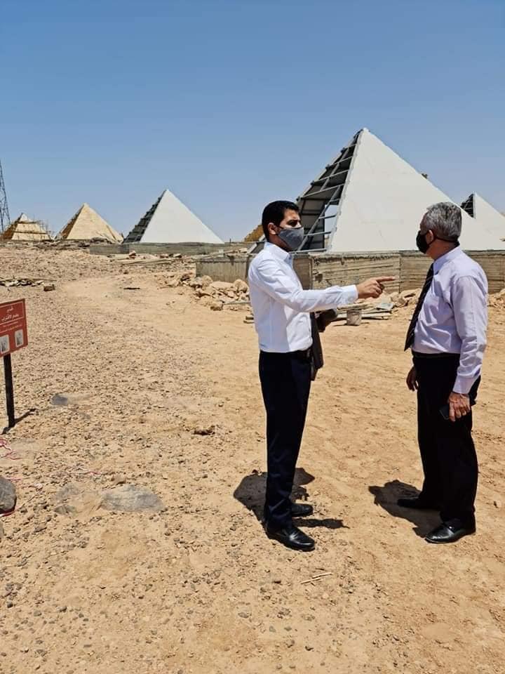 أهرامات في البحر الميت تثير الجدل