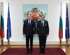 القضاة يقدم أوراق اعتمادة إلى رئيس بلغاريا كسفير غير مقيم للمملكة