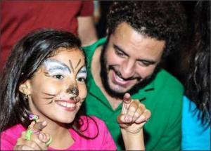 """بالصور .. المحكمة تصدر قرار صادم في دعوى أحمد الفيشاوي لرؤية ابنته """"لينا"""""""