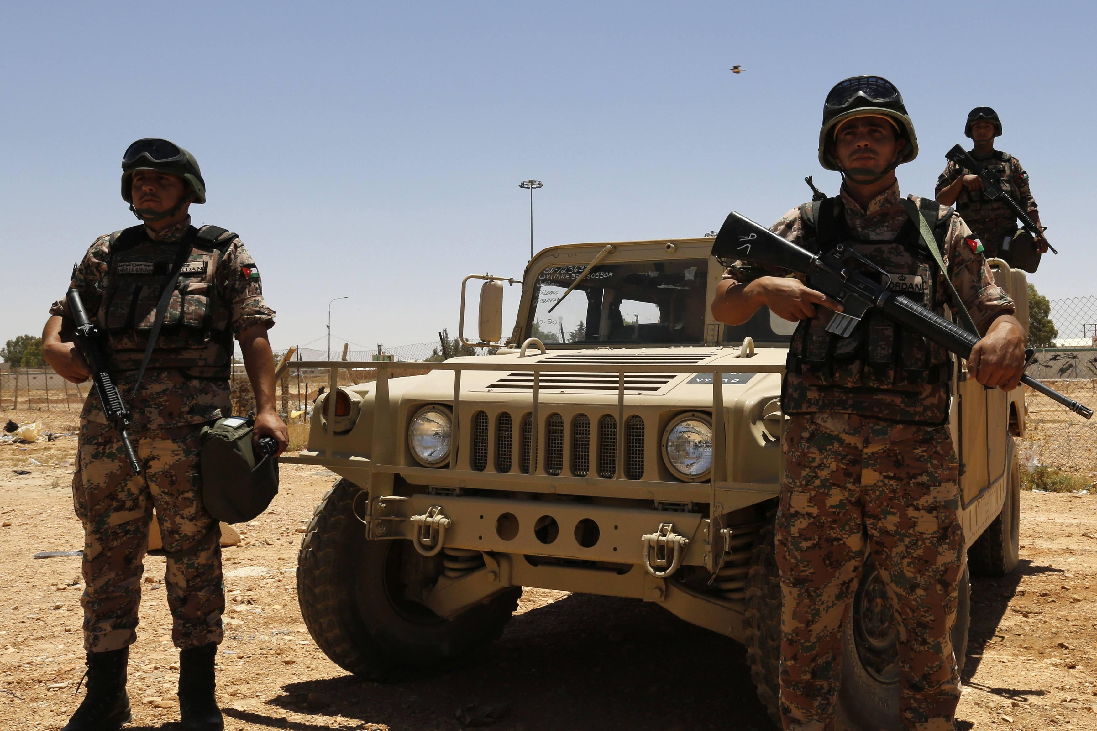 الجيش يحبط  محاولة تسلل شخص للحدود