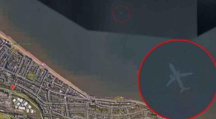خرائط غوغل تكشف عن كارثة ضخمة لطائرة مغمورة تحت الماء