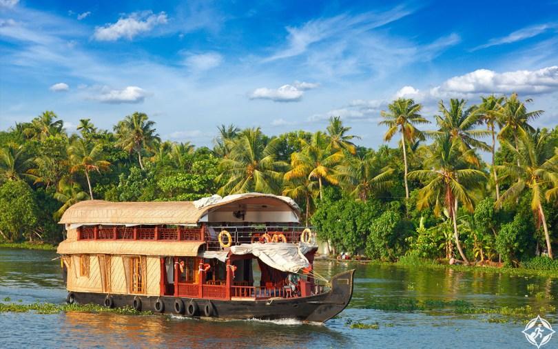 بالصور ..  لماذا يجب عليك زيارة ولاية كيرالا الهندية