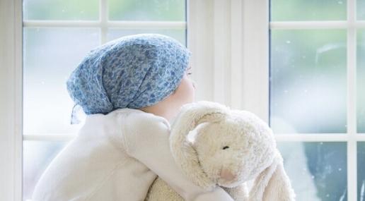 وفاة طفلة في السادسة من عمرها تساعد على تطوير علاج لسرطان قاتل للأطفال