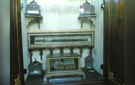 اخفاء اثار للنبي محمد (ص) من مسجد صوفي بمصر