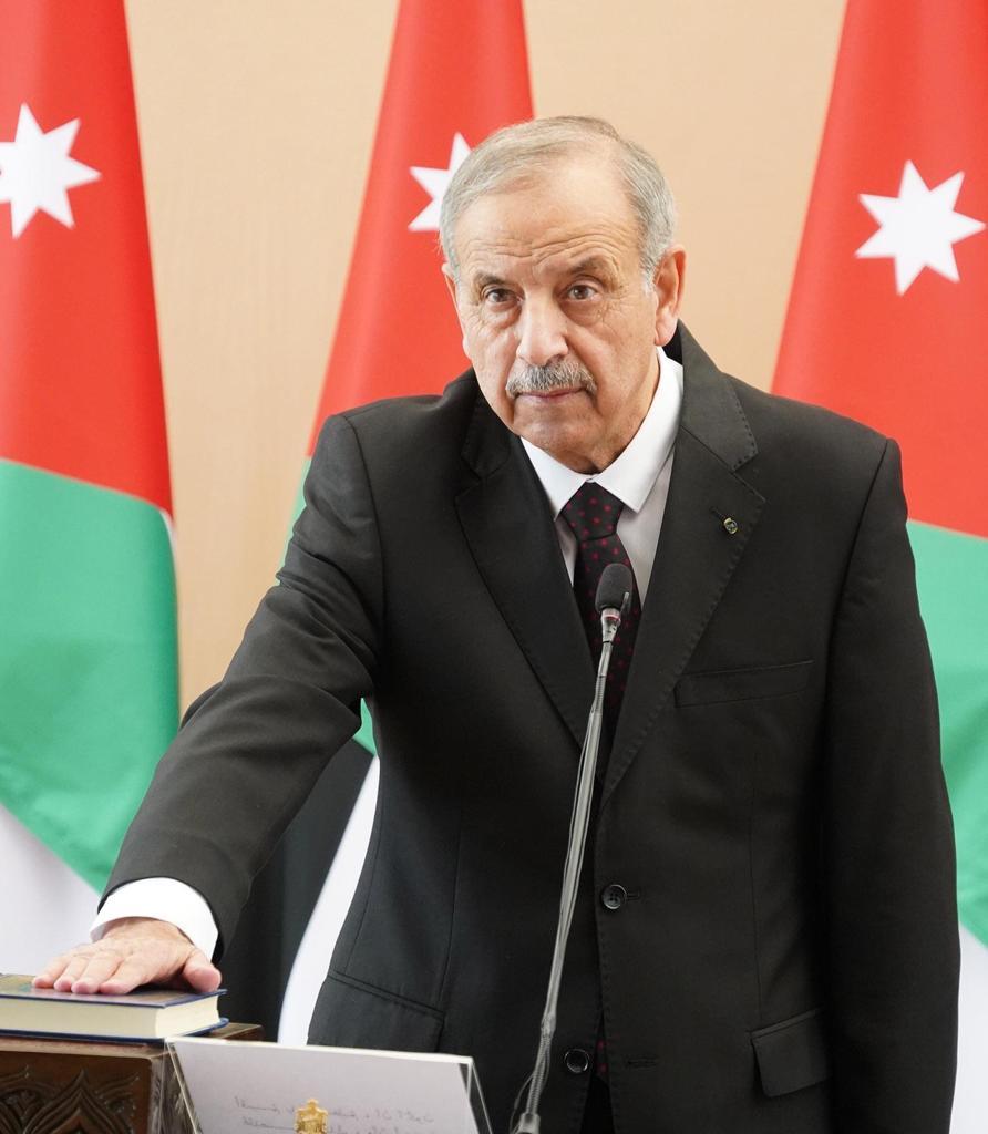 المناصير يهنئ معالي توفيق باشا كريشان الأكرم