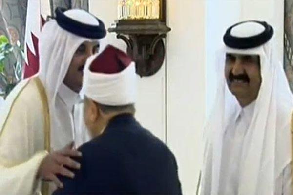 أنباء عن طرد يوسف القرضاوي من الدوحة