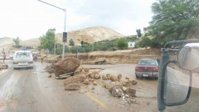 الأغوار الشمالية: أمطار غزيرة وتحذيرات من الاقتراب من مجاري الأودية والسيول