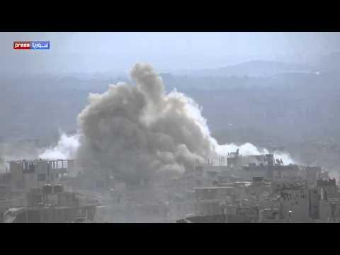 """بالفيديو .. لحظة اطلاق صاروخ  """" الفيل السوري  """" و سقوطه على  المسلحين"""