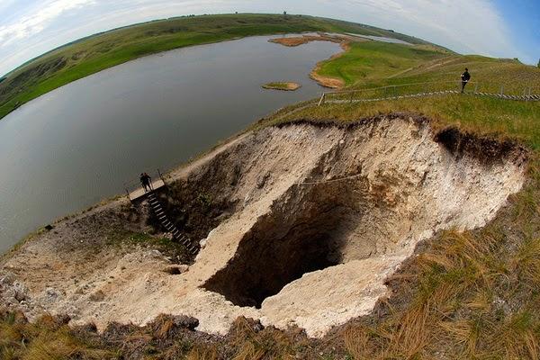 بالصور : تعرف على كهف أوردا أطول كهف تحت الماء في العالم