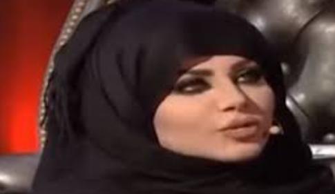 """بالفيديو  ..  حجاب """"حليمة بولند"""" يُثير الجدل  ..  و نشطاء يتساءلون: هل هو خوف من الله أم من الحملة الأمنية؟"""