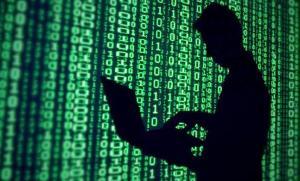 فتى يخترق حساب مدير وكالة المخابرات الأميركية