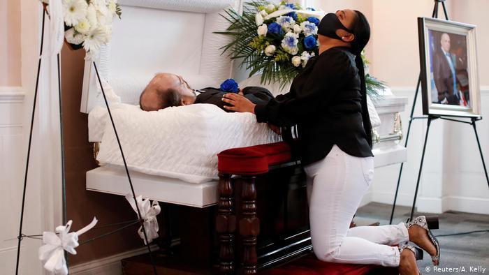 1225 وفاة بكورونا خلال 24 ساعة بأمريكا