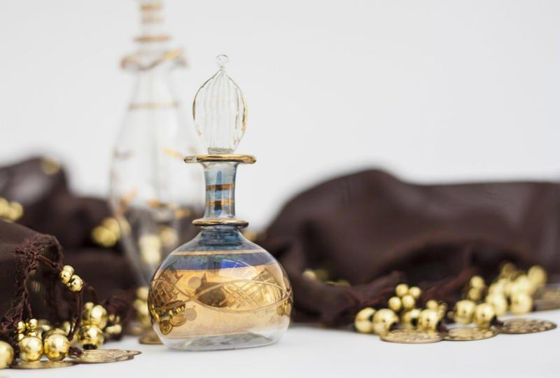 عطور عربية تليق بسهرات رمضان الممتعة