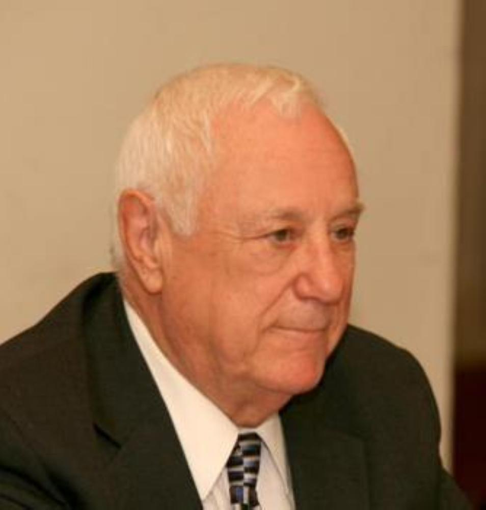 الأردن يودع  وزير الخارجية الأسبق كامل ابو جابر ظهر السبت