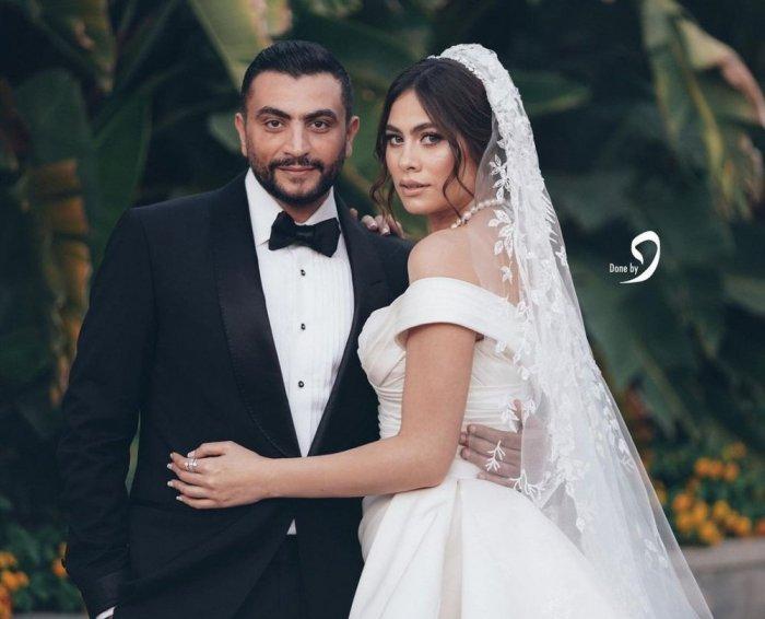 بالفيديو والصور  ..  تامر حسني يٌشعل الأجواء بحفل زفاف هاجر أحمد