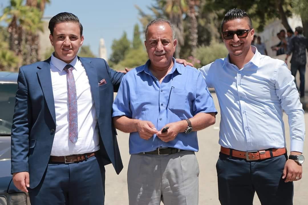 المهندس حذيفة علي خاشوق البشتاوي مبارك التخرج