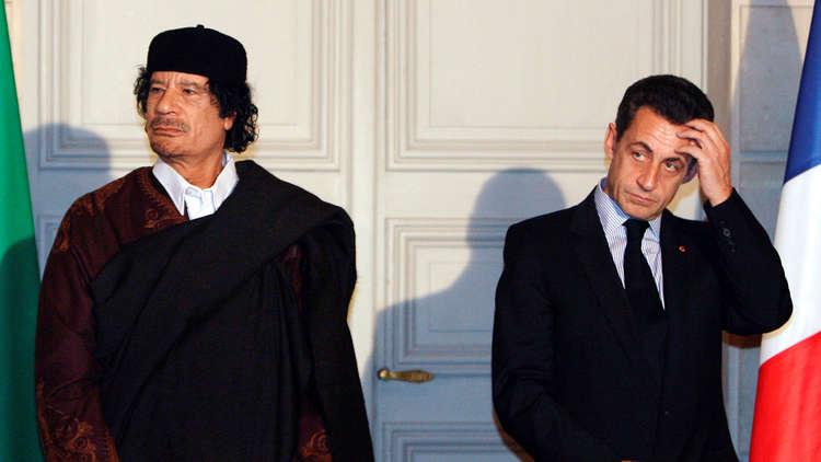 بالفيديو : القذافي ونجله سيف الإسلام يشهدان ضد ساركوزي!