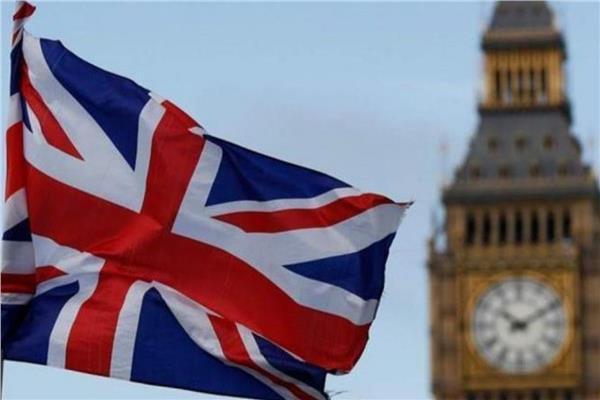 وزير: بريطانيا في وضع طوارئ لمكافحة كورونا