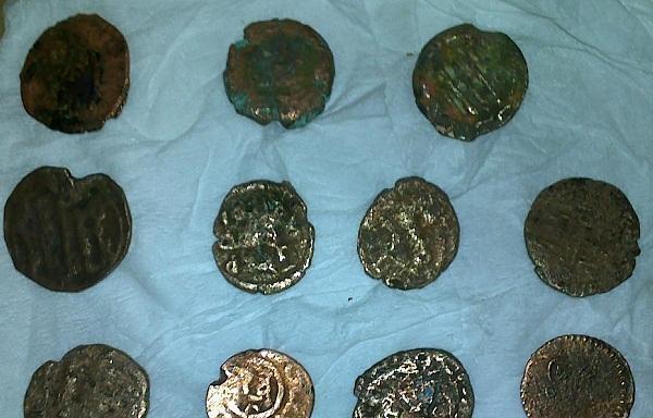 ضبط اردني يحاول تهريب عملات معدنية أثرية الى مصر تعود للعصور الرومانية والبيزنطية