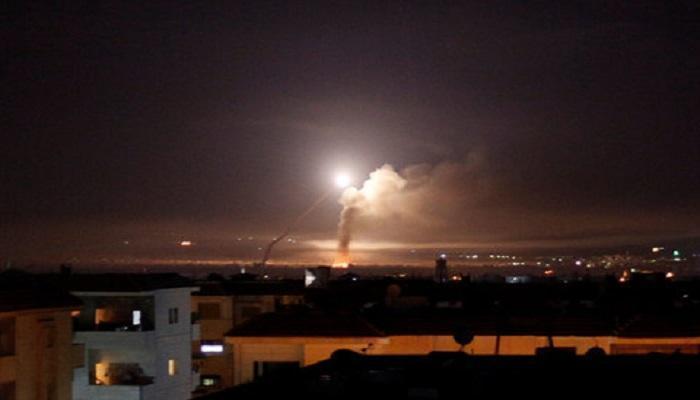 """الدفاعات الجوية السورية تتصدى """"لعدوان إسرائيلي"""" بحماة"""