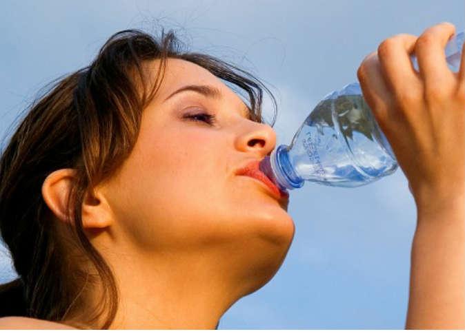 11 معلومة قد لا تعرفيها عن ريجيم الماء