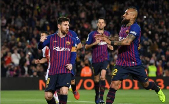 برشلونة يكتسح ليون ويصل ربع نهائي دوري الأبطال