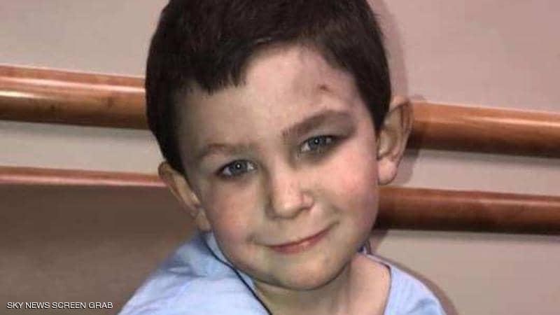 بطولة طفل صغير تنقذ 7 من أفراد عائلته من الموت المحقق اثر حريق هائل في منزله ..  تفاصيل