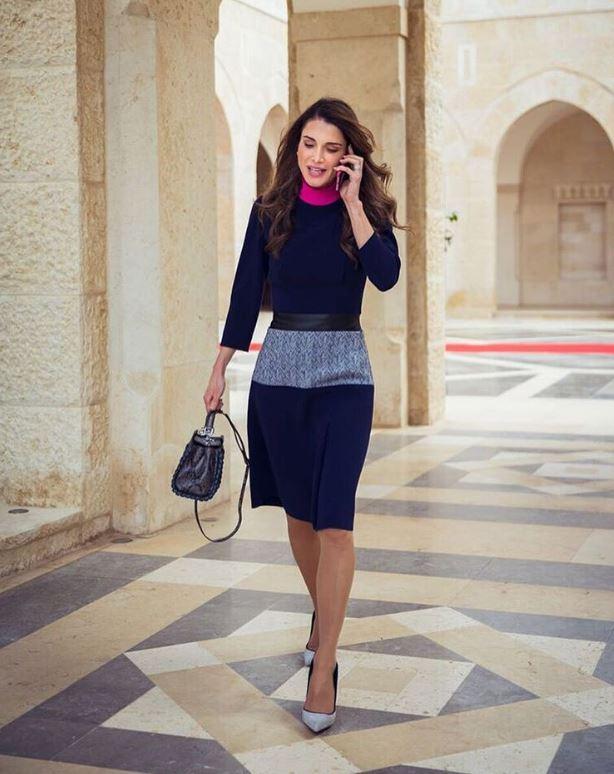 الملكة رانيا تهنىء المعلمين باليوم العالمي للمعلم