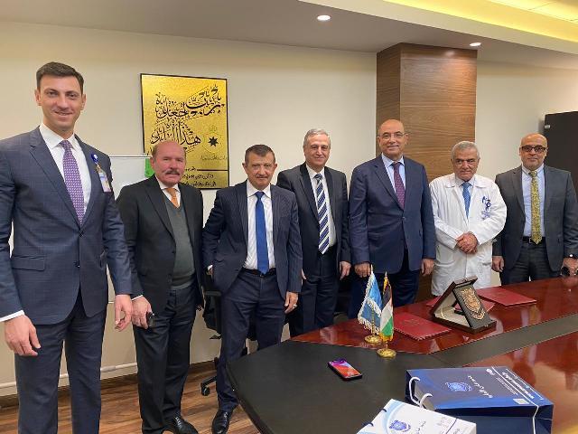 اتفاقية تعاون مشترك بين عمان الأهلية والمستشفى الاستشاري