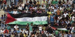 18 الف يوور غرامة لرفع علم فلسطين خلال مباراة