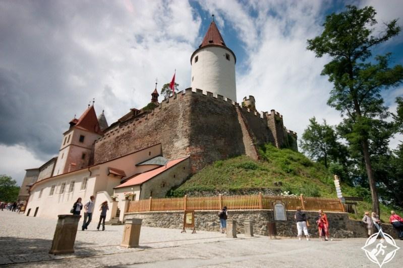قلعة كريفوكلات  ..  تجربة قوطية مميزة في التشيك .. صور