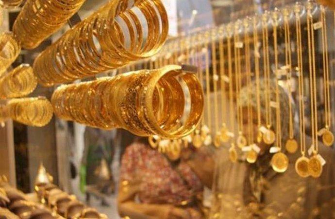 اعفاء بيع الذهب والمجوهرات من ضريبة المبيعات واستبدالها برسوم اضافية
