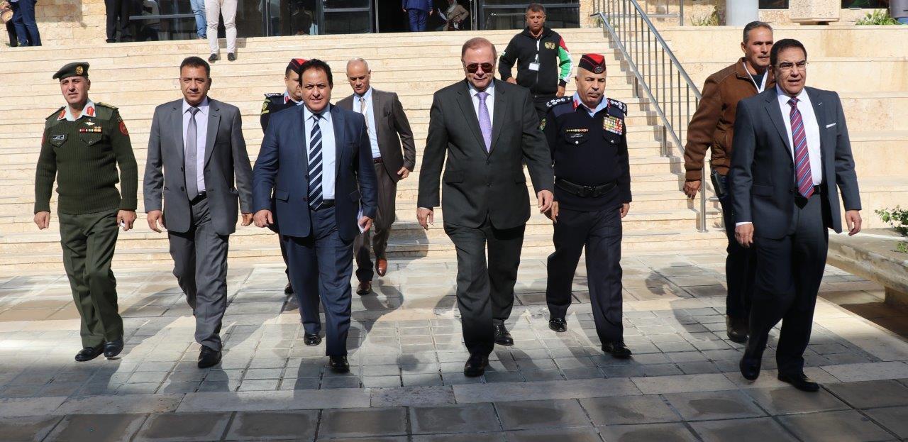 """مؤتمر البيئة ينطلق في """"عمان العربية""""  ويعرض للتحديات والحلول الواقعية"""