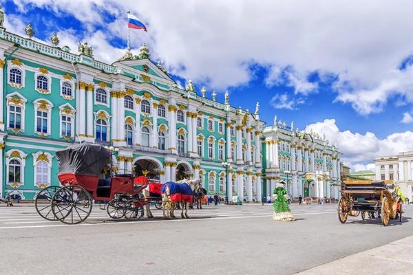 أجمل الأماكن السياحية في سان بطرسبورغ