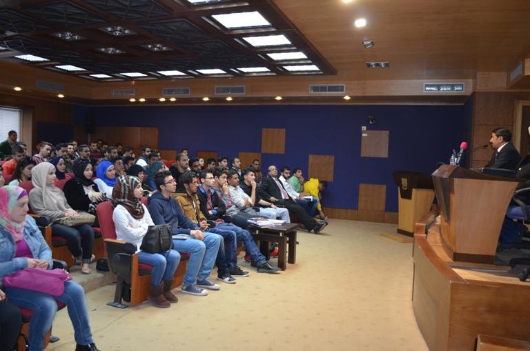 كلية الآداب والعلوم  في جامعة عمان الأهلية تنظم محاضرة حول الثورة العربية الكبرى