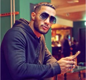 بالصور  ..  فنانة شهيرة تهاجم محمد رمضان بسبب تصويره لمضيفة جوية