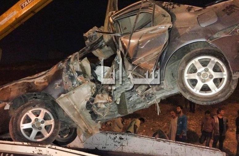 إصابة 11 شخص بتدهور مركبة في إربد