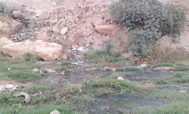 جرش: عشرات المنازل في بلدة الحدادة تغرق بمياه الصرف الصحي