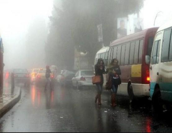 أجواء ماطرة اليوم وتحذيرات من تشكل السيول .. ومنخفض جوي عميق يبدأ الأربعاء