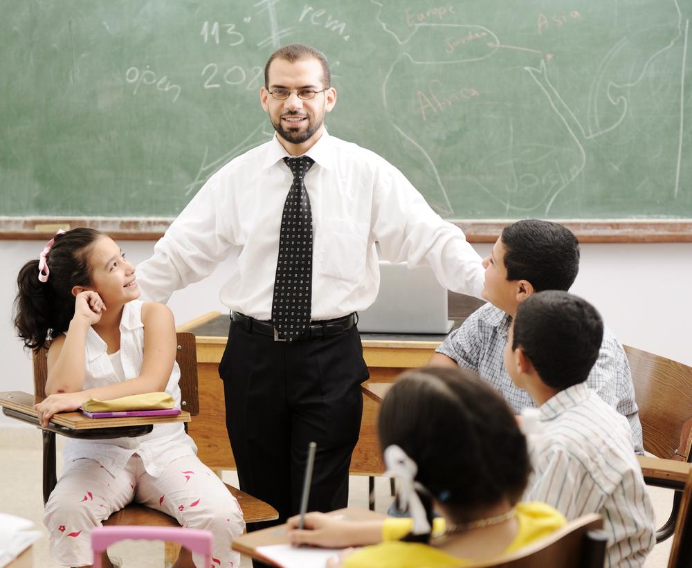 فرص عمل في سلطنة عُمان لعدد من المعلمين و المعلمات