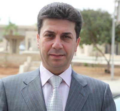 المسلماني يطالب بزيادة رواتب موظفي القطاع العام والعسكريين العاملين والمتقاعدين