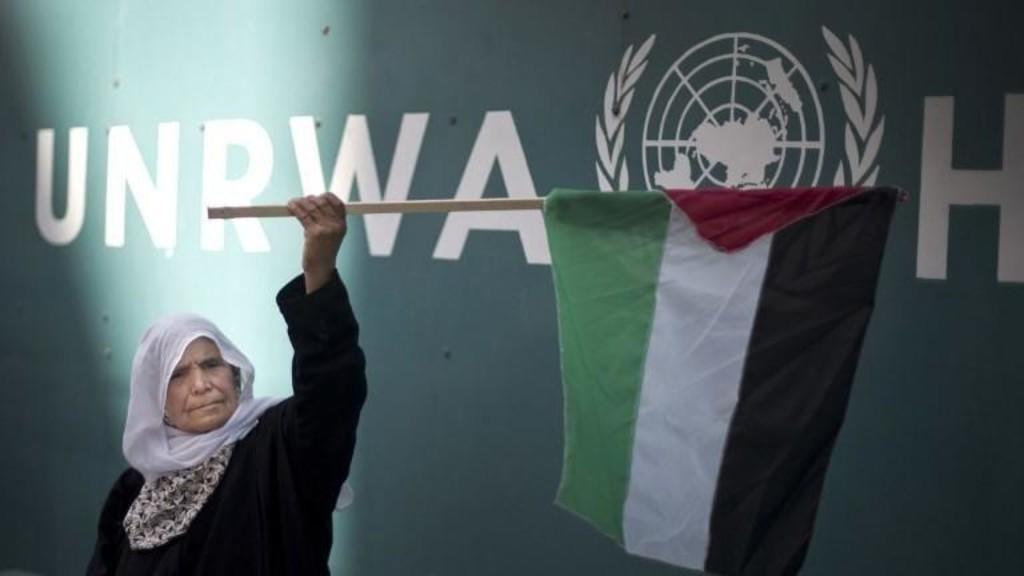 """الخارجية: تمديد تفويض """"الأونروا"""" يدعم حق اللاجئين الفلسطينيين بالعيش بكرامة"""