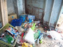 العقبة ..  ضبط 11 طن من المشروبات الغازية الغير صالحة للاستهلاك البشري