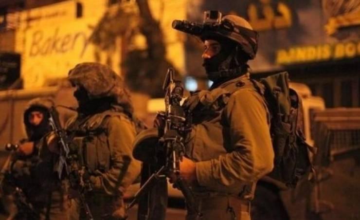 الاحتلال يعتقل أسيرا محررا من جنين بعد خروجه من المسجد الأقصى