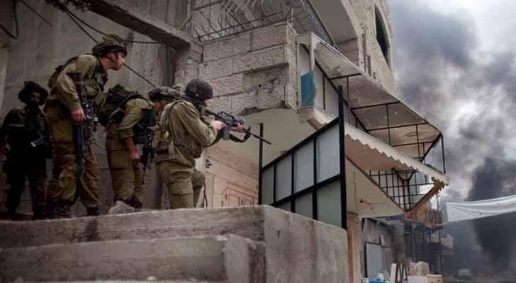 الاحتلال يقتحم بلدة حزما شرق القدس