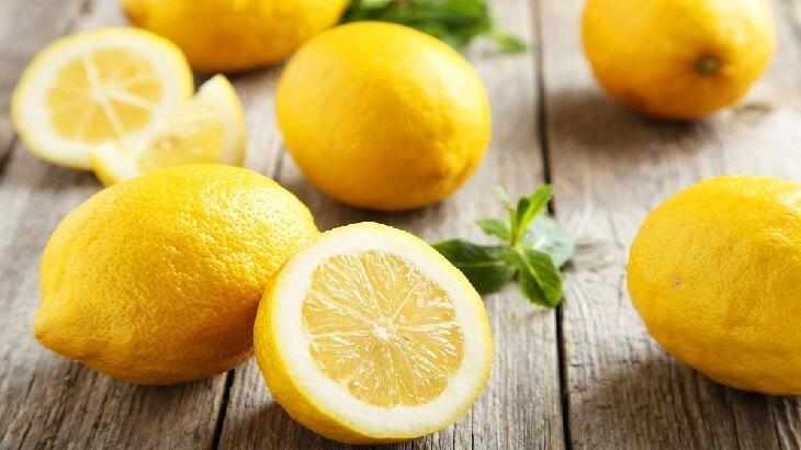 لا تهملوا قشر الليمون  ..  تعرف على فوائده المذهلة!