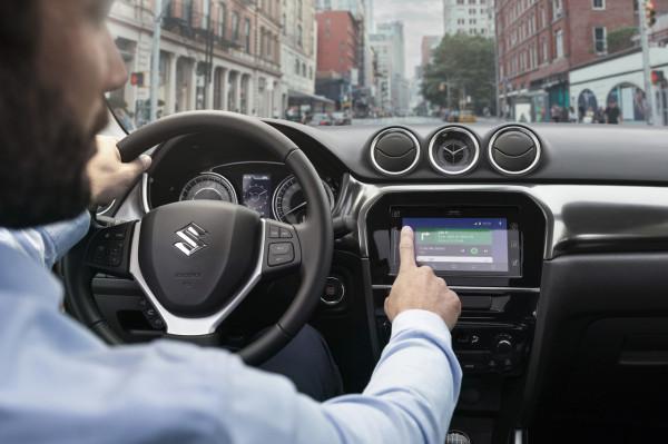 """بالصور  ..  """"سوزوكي"""" تستعرض نموذجها الجديد من سيارات """"Vitara"""" الشهيرة"""