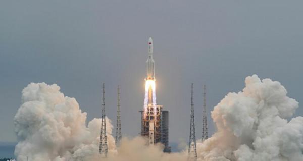 """أين سيسقط؟ ما هي الأضرار؟ أين هو الآن؟ خبراء يكشفون تفاصيل الصاروخ الصيني """"التائه""""  ..  فيديو"""
